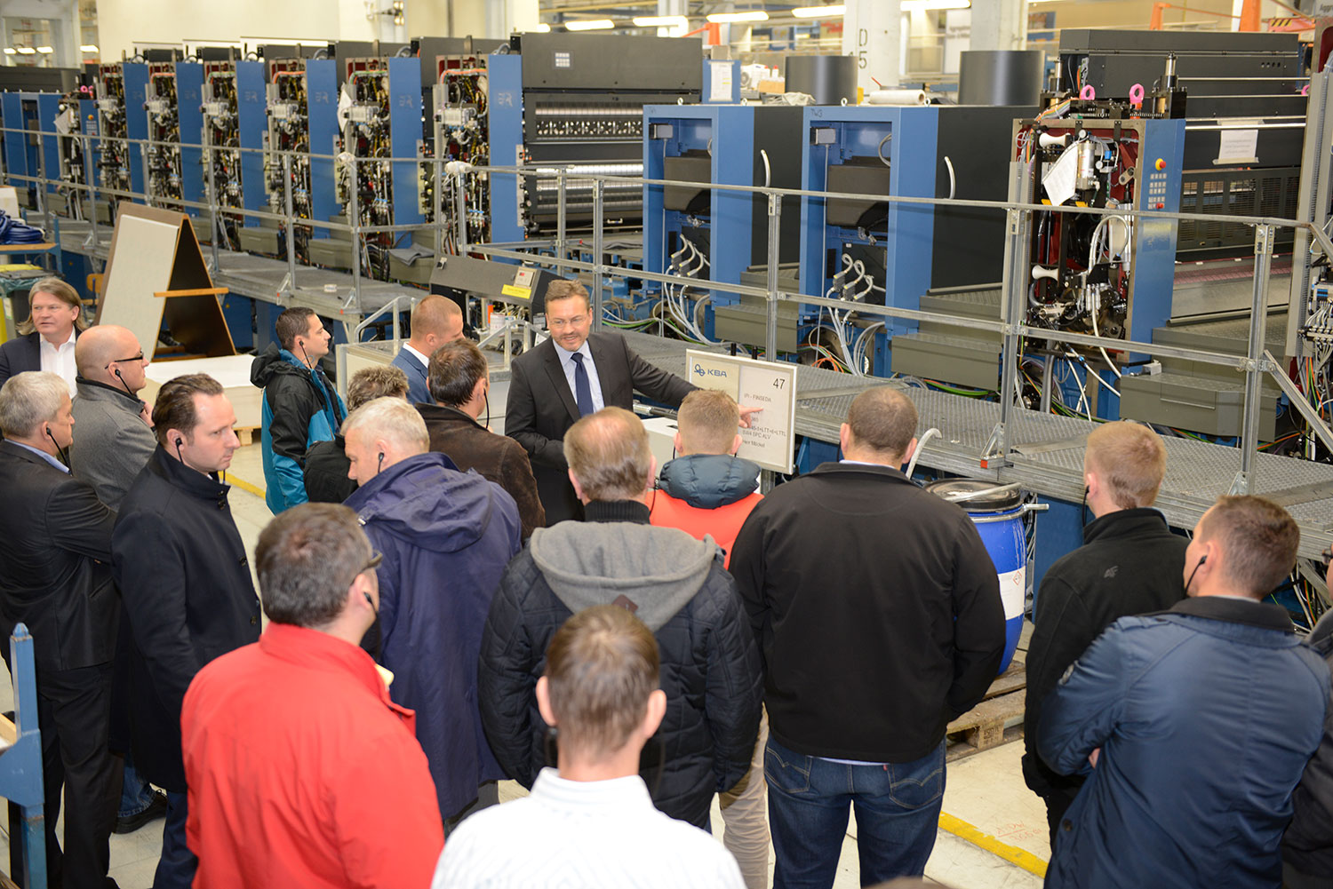 sascha-fischer-explains-a-long-rapida-145-with-14-printing-and-finishing