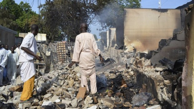 boko haram burns houses