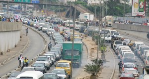 #ShelterMatters: What Do You Think Can Be Done To Eradicate Traffic Gridlock On Lagos Roads?