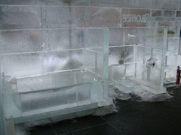 ice-bathroom