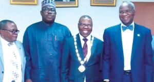 Valuers hold talks with Fashola, propose roadmap for housing reform