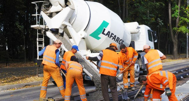 Lafarge advocates cultural shift in concrete solutions for road construction