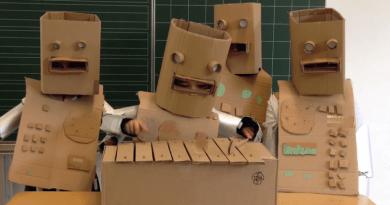 kraftwerk-elementary-school-kids-die-roboter-the-robot