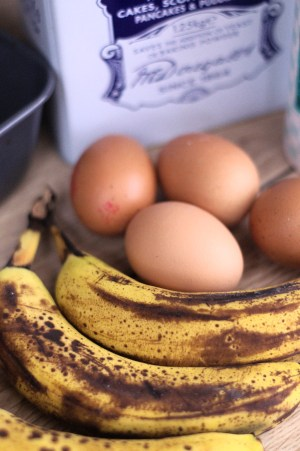 Ingredients - bananas, eggs and flour