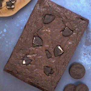 Cookies and cream brownie slab