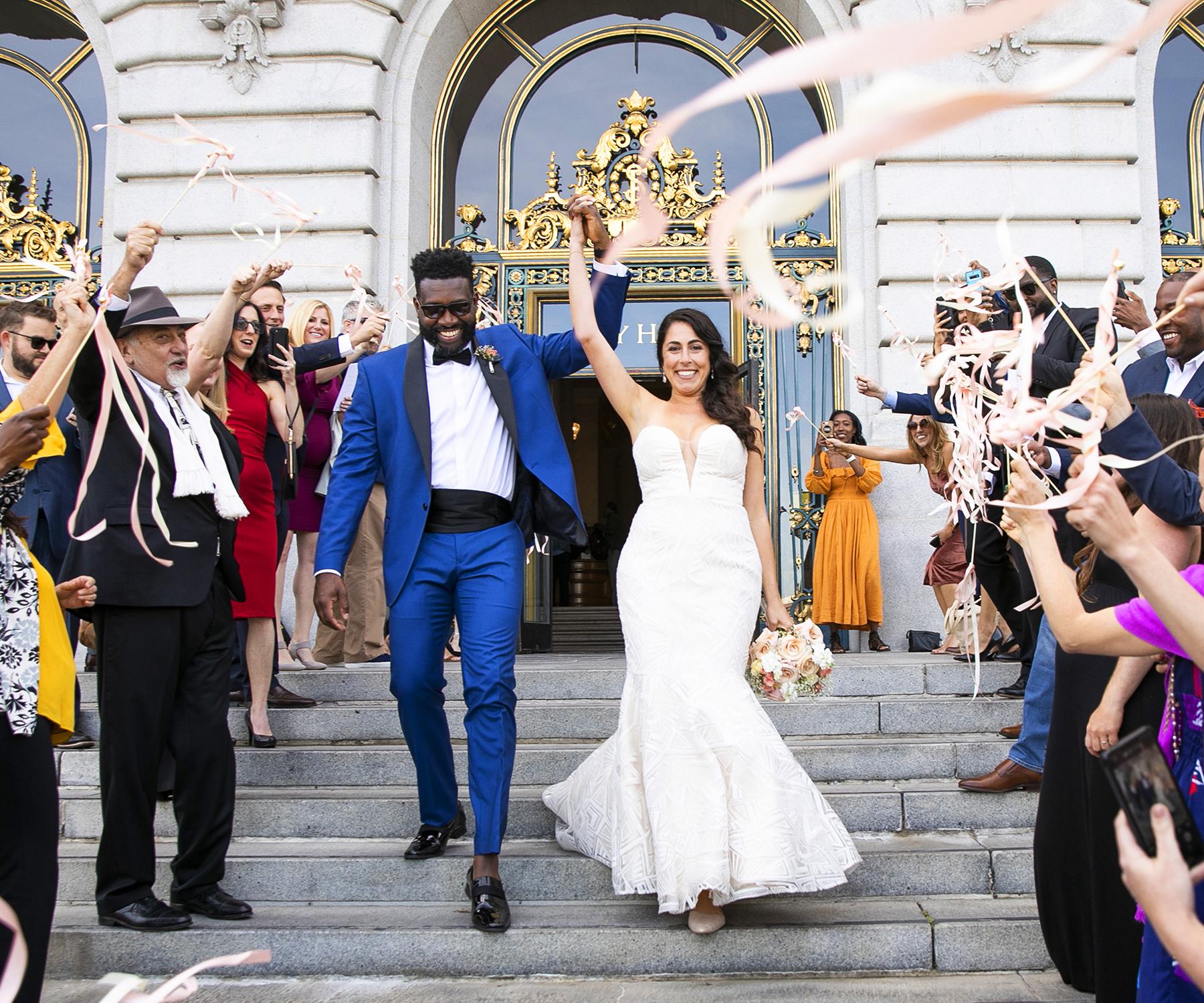 WEDDINGS & ELOPEMENTS Photography