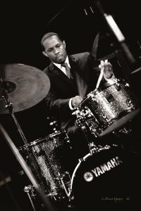 willie-jones-drummer-01