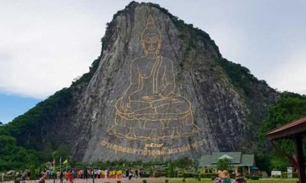 Khao Chi Chan Buddha Mountain Pattaya