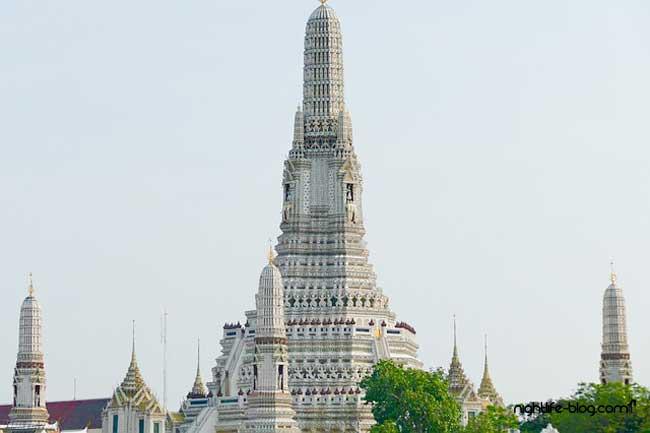 Wat Arun Tempelanlage Bangkok
