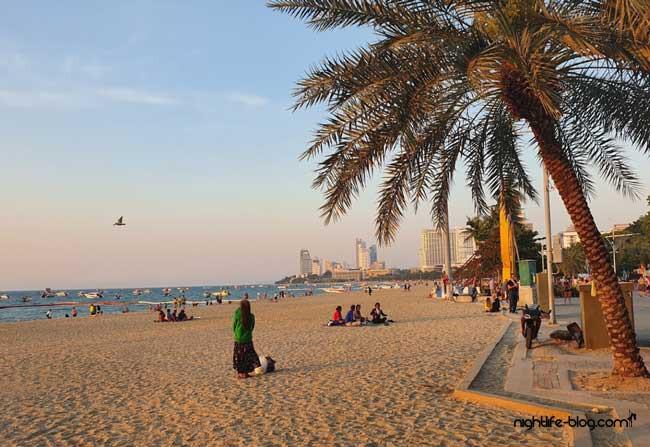 Hat Pattaya Beach
