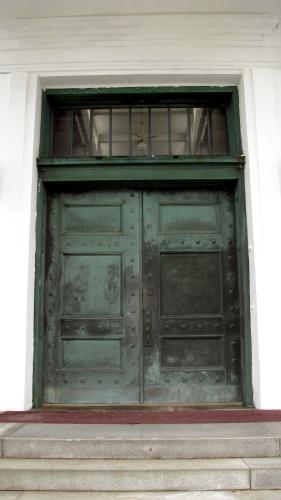 roseland mausoleum doors