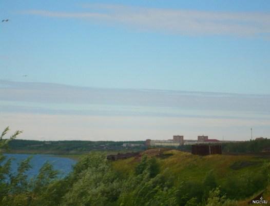 Вид на город Игарку с острова
