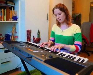 Милая такая девушка — Лиза Монеточка. Музыкальное видео для тех кто её ещё не слышал