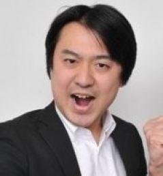 宮澤 聡(ボケ担当) 立ち位置向かって左