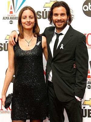 サンティと、妻のアンナ