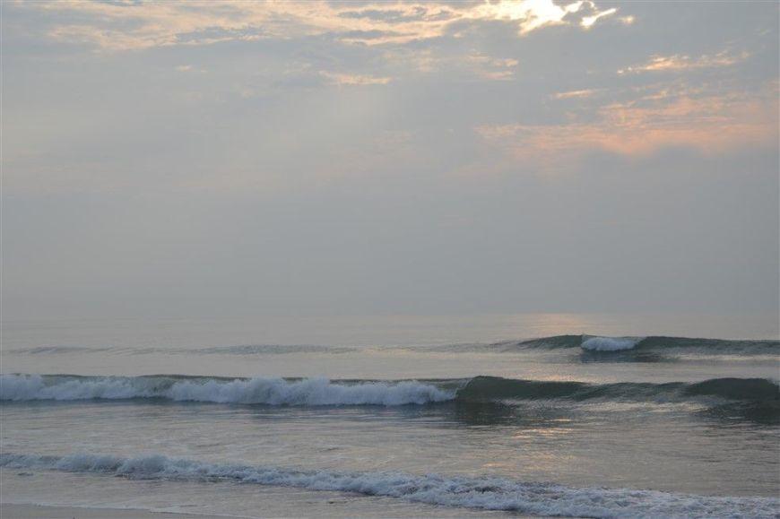 Faire du surf à Kawaminami, Miyazaki