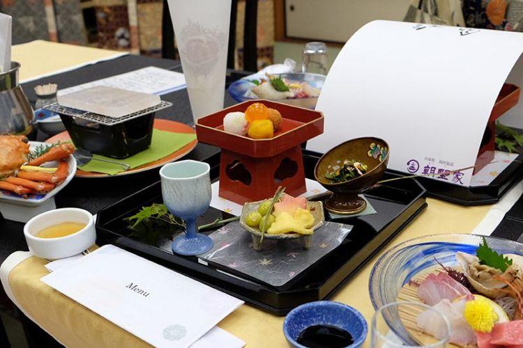 Un repas japonais traditionnel