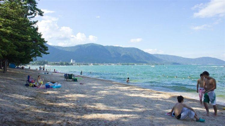 La plage d'Omi Maiko