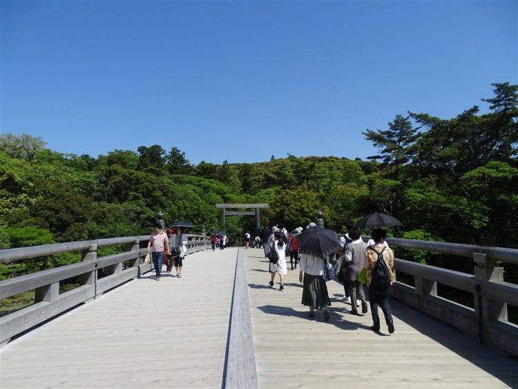 Le pont Uji à Ise