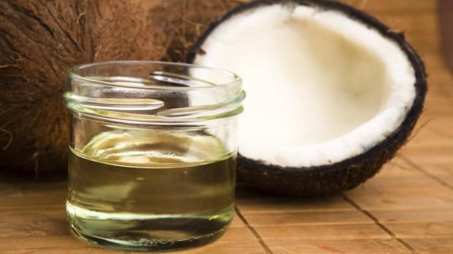 hidratação-com-oleo-de-coco-em-casa