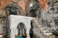Raised gallery inside Kusumba Mosque
