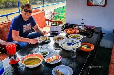 Lunch at Sundarbans