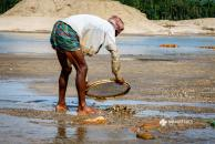 Collecting stone in Jaflong