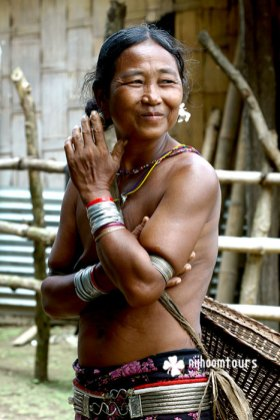 An woman from the Mru tribe.
