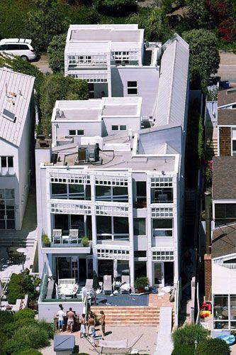 Dustin Hoffman's home in Malibu 2004