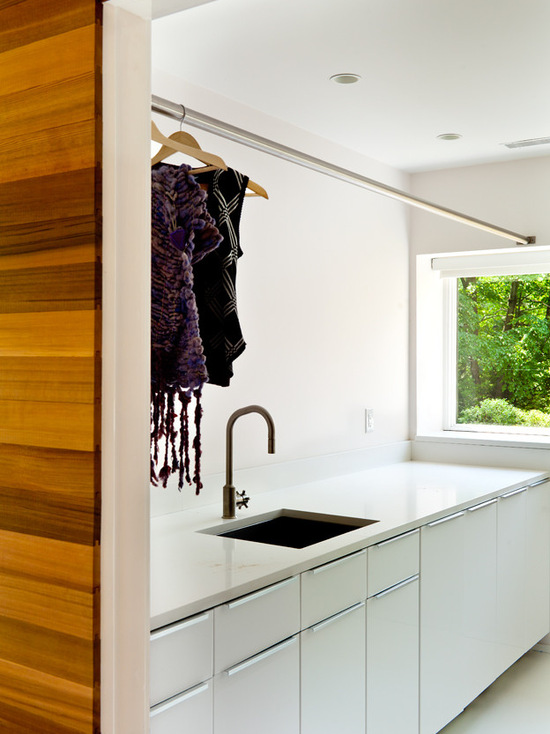 Kontraktor Pelapisan Epoxy Coating Proyek Lantai Gedung - Epoxy Coated Floor midcentury laundry room