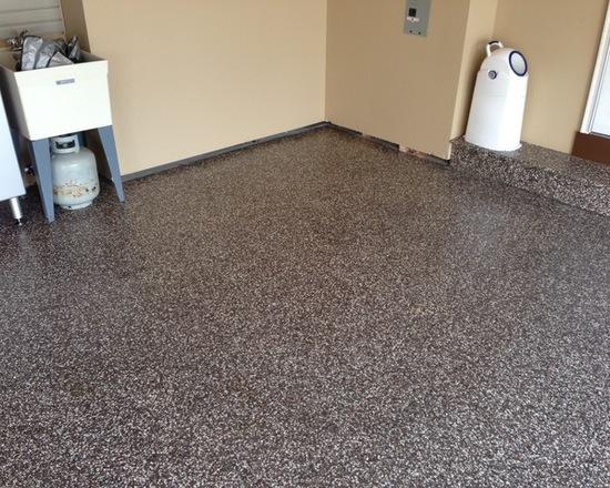 Kontraktor Pelapisan Epoxy Coating Proyek Lantai Gedung - Epoxy Coated Floor traditional garage 2