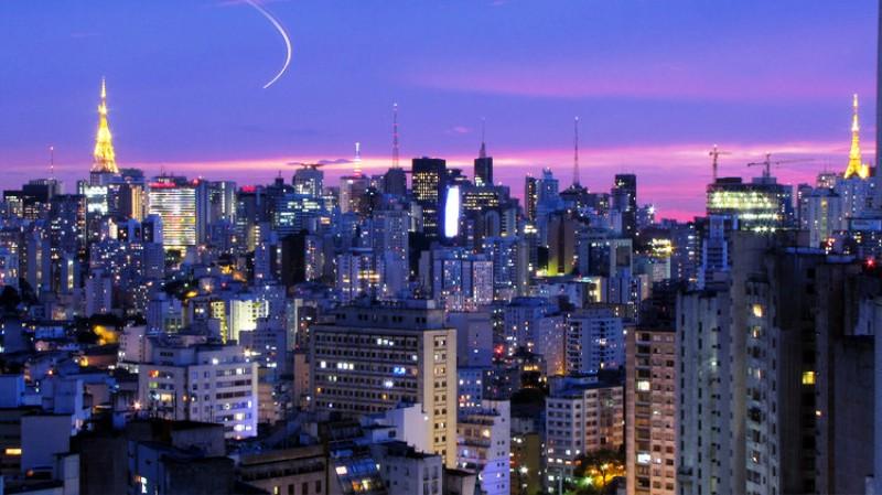 Pencakar langit bikin polusi, Sao_Paulo_Júlio_Boaro