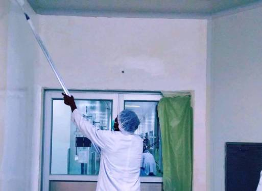 memilih cat warna dinding untuk kantor