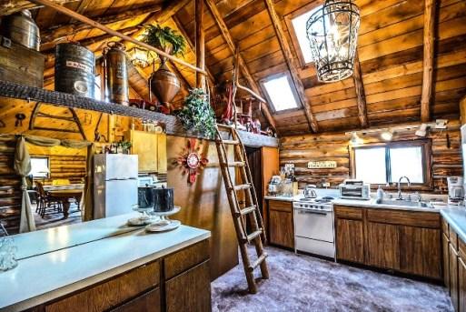 Renovasi Rumah Kayu