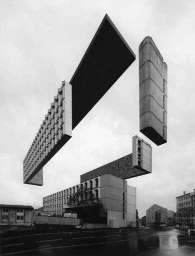 Bangunan dengan Arsitektur Menggantung