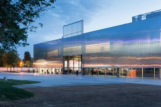 proyek arsitektur landmark oleh OMA