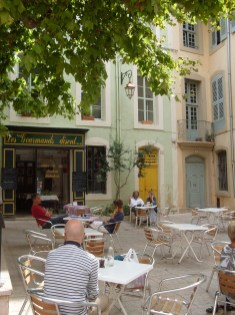 Café in Apt