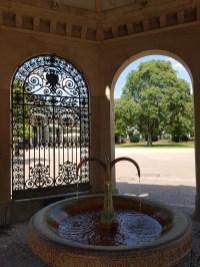 Trinkbrunnen warme Quelle Kranzplatz