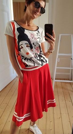 Rock Strenesse, Sneaker Philpe Model, Shirt Laurel, Brille Yves Saint Laurent