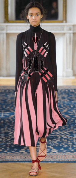 VALENTINO The sensuality of the Renaissance was apparent in the amount of material and the silhouette.