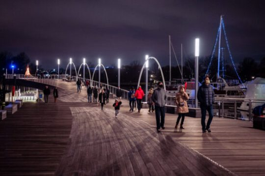 The Wharf at Christmas – Z6ii ISO 6400 1 100th f1.8 Z50 1.8