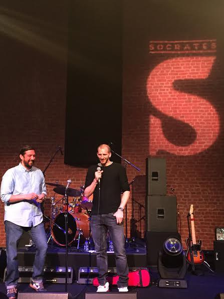Caner Eler ile Sinan Güler, Socrates 1 yıl buluşmasında sahnede...