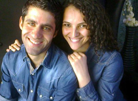 Murat Karabaş nişanlısı ile... Beni hüzünlendiren bir gülen fotoğraf.