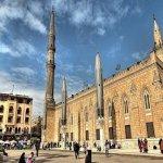 غلق «مسجد الحسين» .. وإحالة العاملين للتحقيق