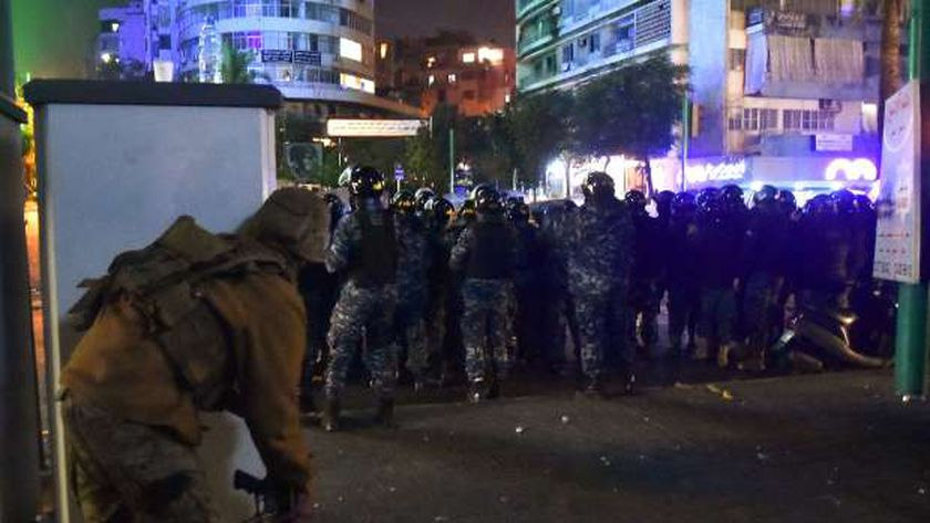 سقوط أول قتيل بمظاهرات لبنان