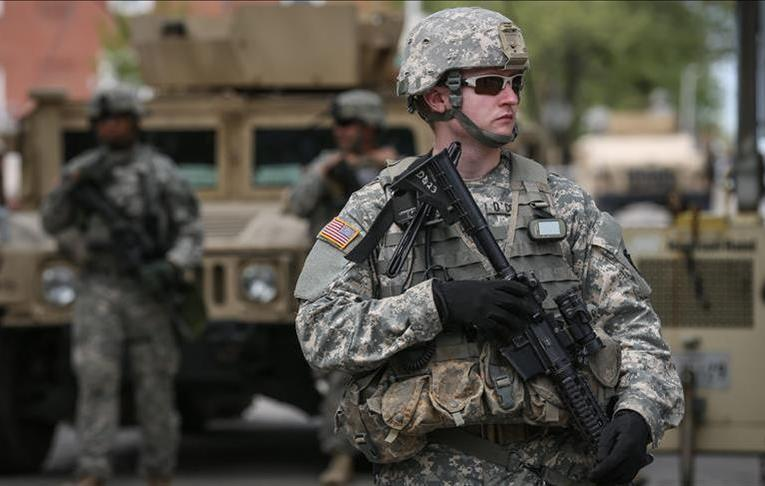 «وول ستريت جورنال»: وزارة الدفاع الأمريكية تسحب ثلث قواتها من العراق