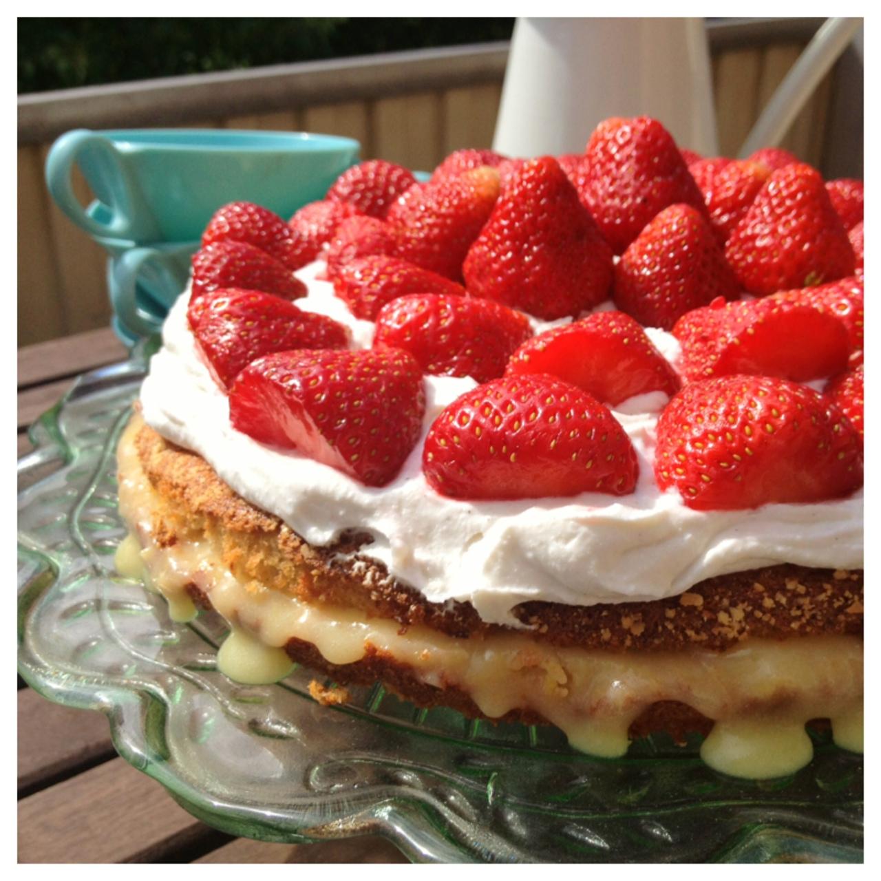 glutenfri och mjölkfri tårta