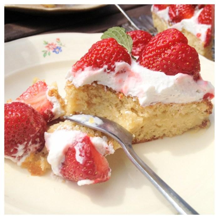Midsommartårta , jordgubbstårta, glutenfri, mjölkfri, sockerfri