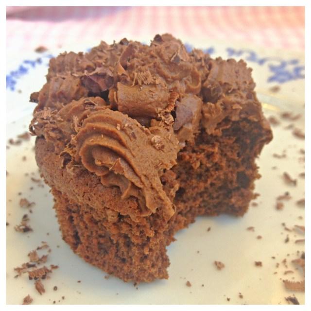 Coffee cupcakes (gluten-free, dairy-free, sugar-free)1