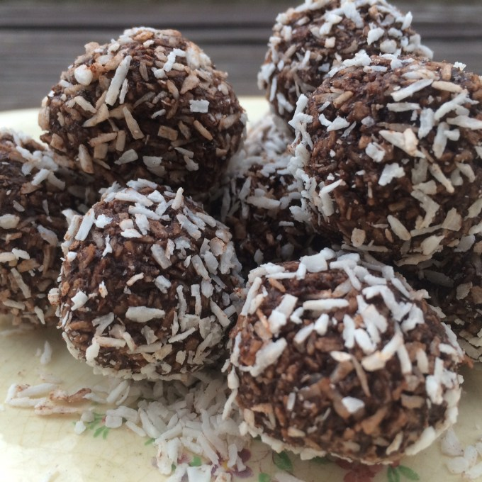 chokladbollar, sockerfritt, paleo, lchf